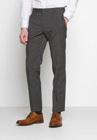 Tommy Hilfiger Tailored - SLIM FIT PEAK LAPEL SUIT - Oblek - grey - 4