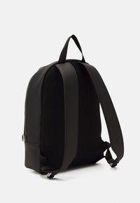 Calvin Klein Jeans - ROUND - Zaino - black - 1