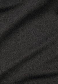 Nike Performance - DRY BALANCE - Sportshirt - black - 5