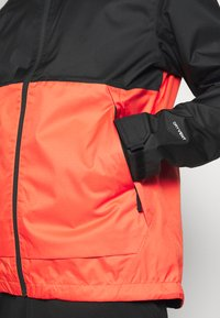 The North Face - MILLERTON JACKET - Veste imperméable - flare/black