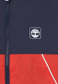 Timberland - HOODED - Lehká bunda - red - 3