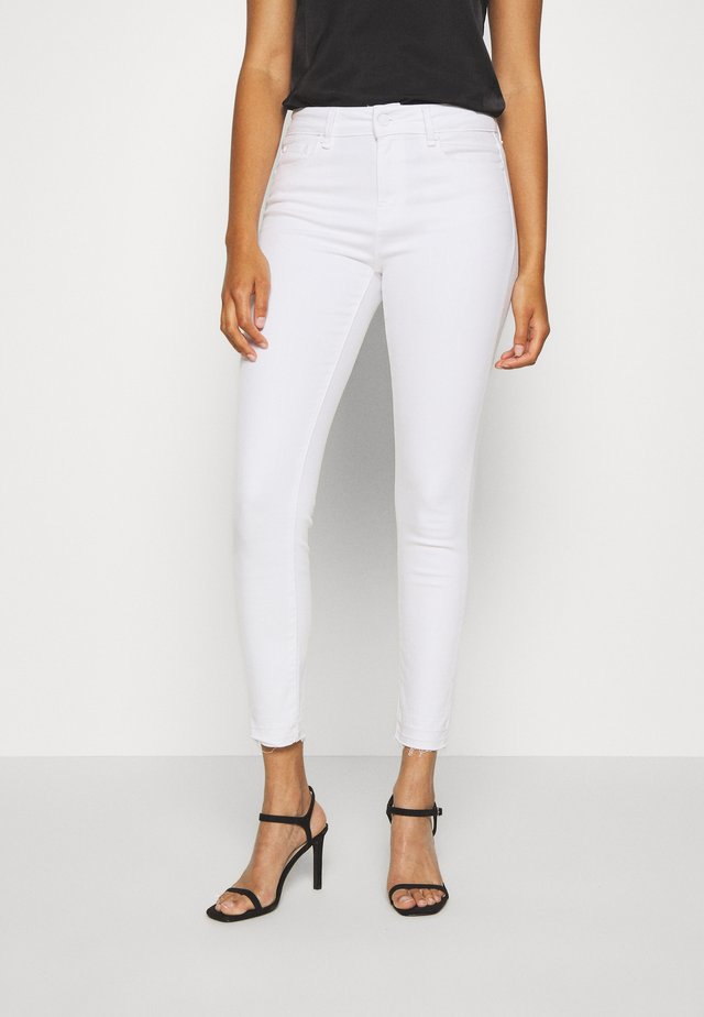 ALEXA ANKLE - Jeans Skinny Fit - white