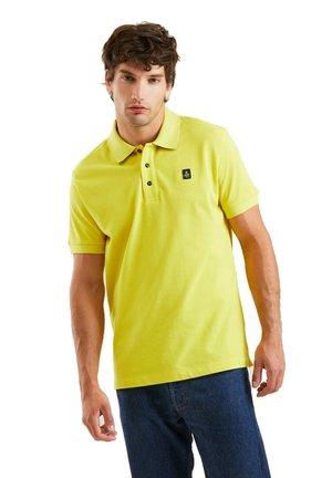 Polo shirt - campus green