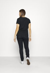 Levi's® - THE PERFECT TEE - T-shirt imprimé - caviar - 2