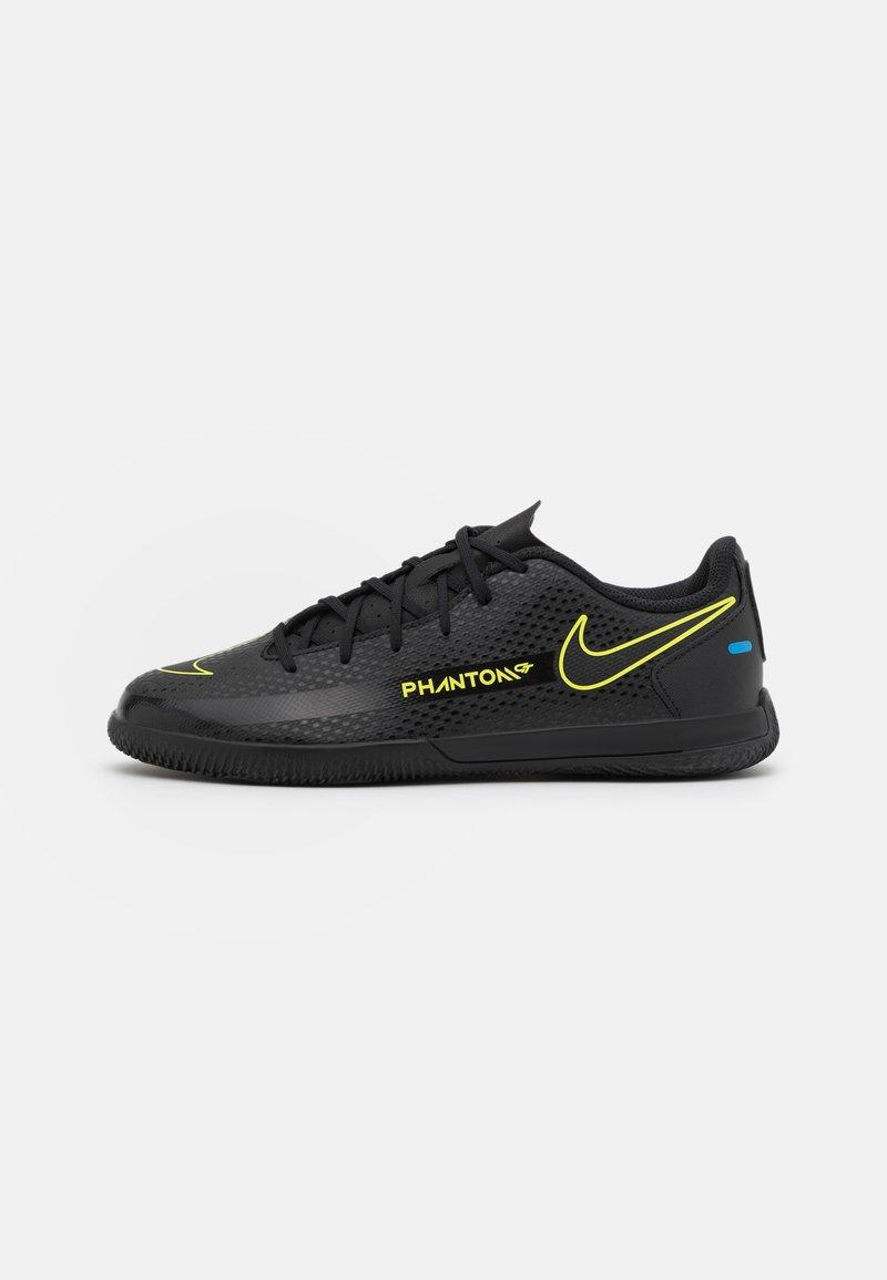 Nike Performance - PHANTOM GT CLUB IC UNISEX - Halové fotbalové kopačky - black/cyber/light photo blue