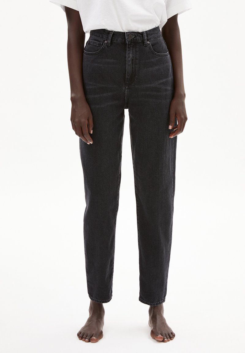 ARMEDANGELS - MAIRAA - Straight leg jeans - washed down black