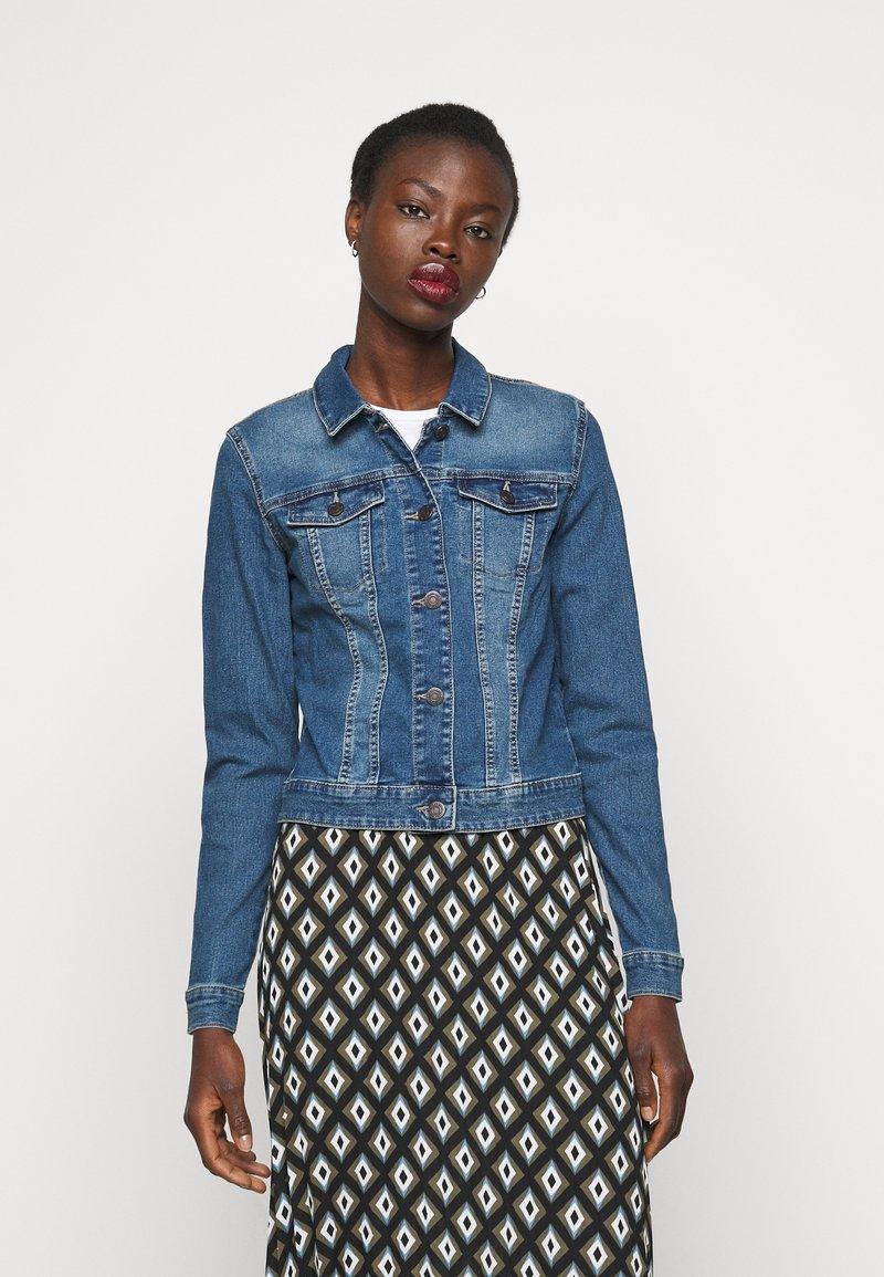 Noisy May Tall - NMDEBRA  - Denim jacket - medium blue denim