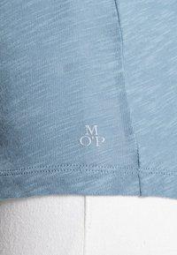 Marc O'Polo - LONG SLEEVE BOAT NECK - Long sleeved top - fall sky - 4