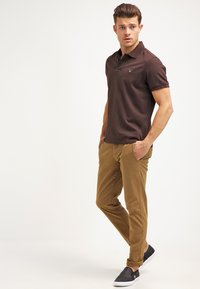 GANT - THE ORIGINAL RUGGER - Polo - dark brown - 1
