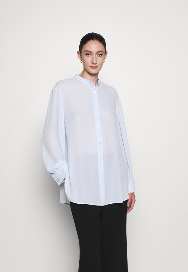 LAYLA BLOUSE - Button-down blouse - washed blue