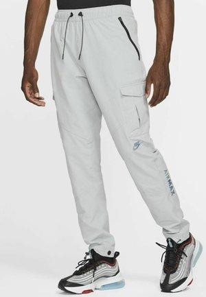 Pantaloni sportivi - wolf grey/wolf grey/wolf grey/black