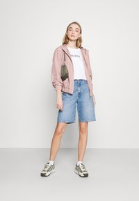 ONLY - ONLLOUISA SPRING JACKET - Lett jakke - adobe rose - 1
