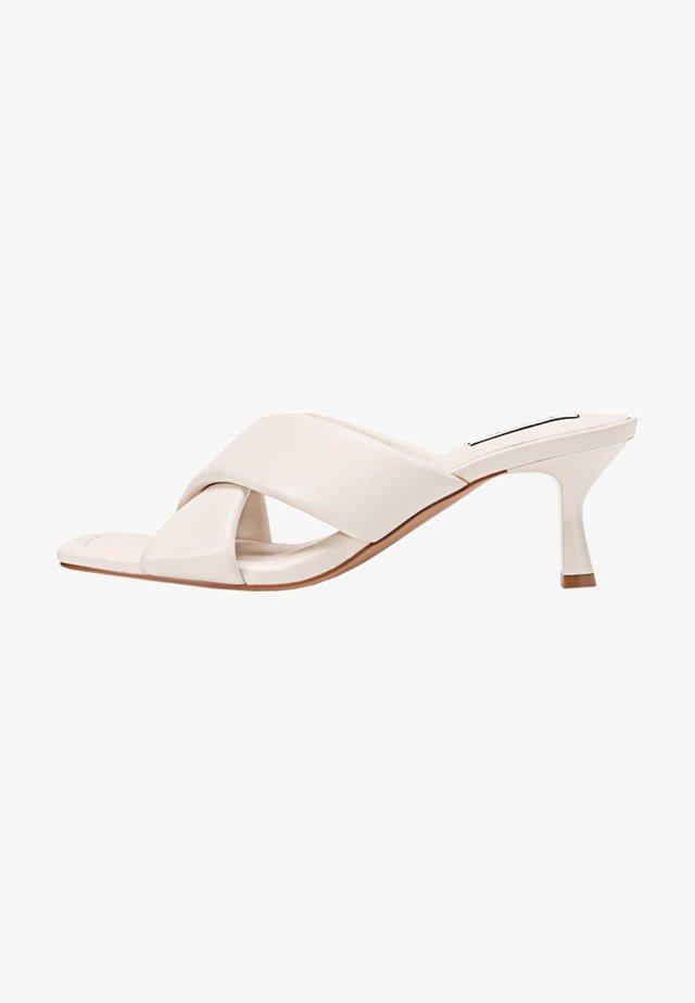 Svatební boty - off-white