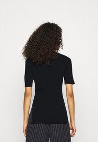ARKET - Camiseta básica - black - 2