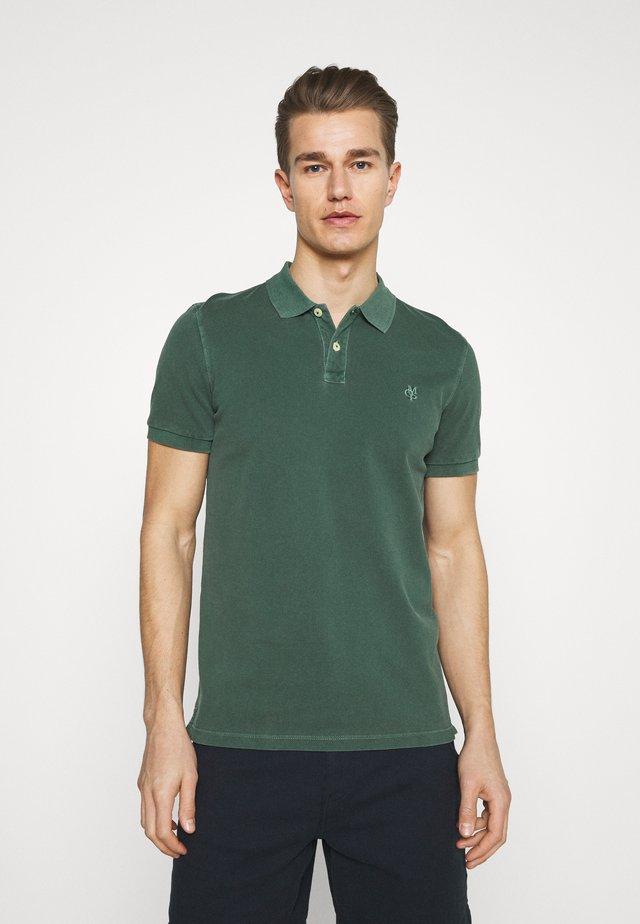 SHORT SLEEVE BUTTON PLACKET - Poloshirt - mystic green