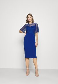 WAL G. - RYENA MIDI DRESS - Cocktail dress / Party dress - electric blue - 1