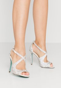 Blue by Betsey Johnson - SAGE - High heeled sandals - ivory - 0