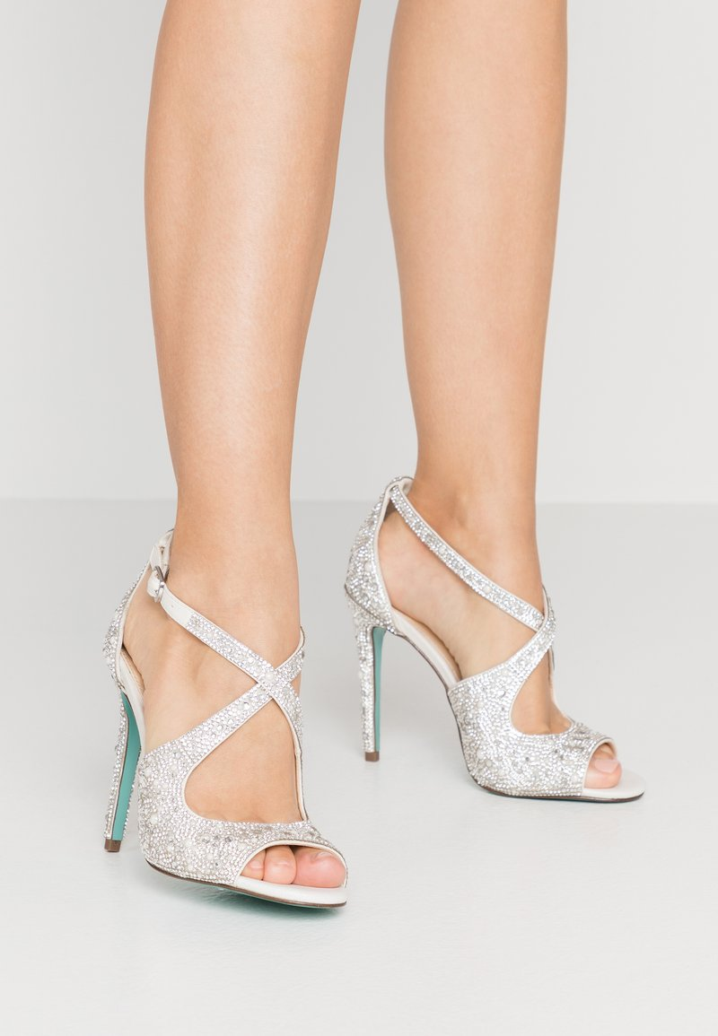 Blue by Betsey Johnson - SAGE - High heeled sandals - ivory