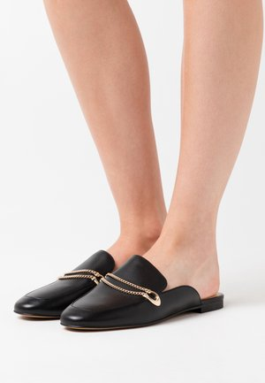 SAWYER SLIDE LOAFER - Pantolette flach - black