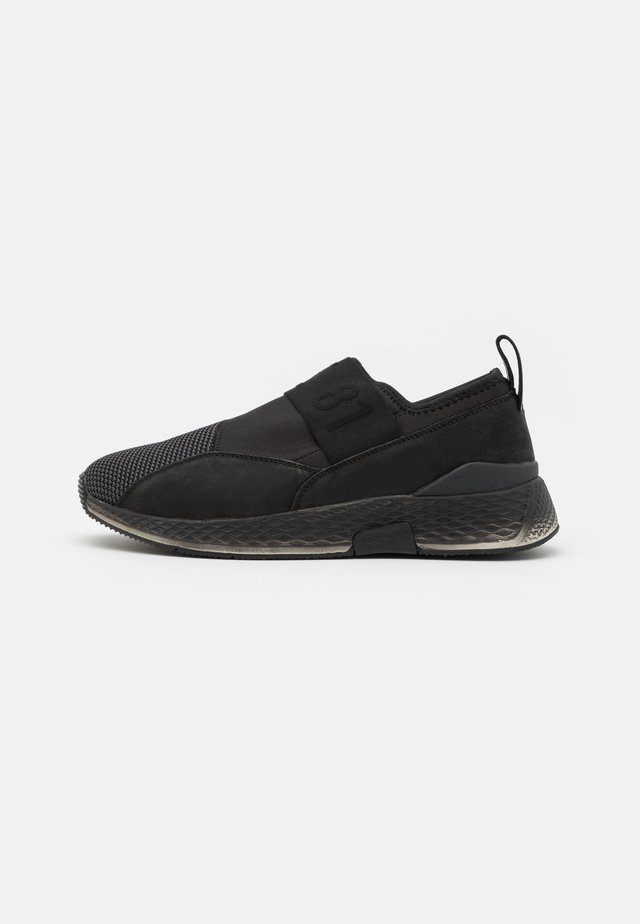 HORNBROOK - Sneakersy niskie - black