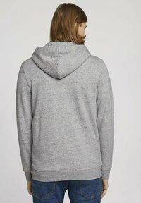 TOM TAILOR DENIM - Zip-up sweatshirt - grey - 2