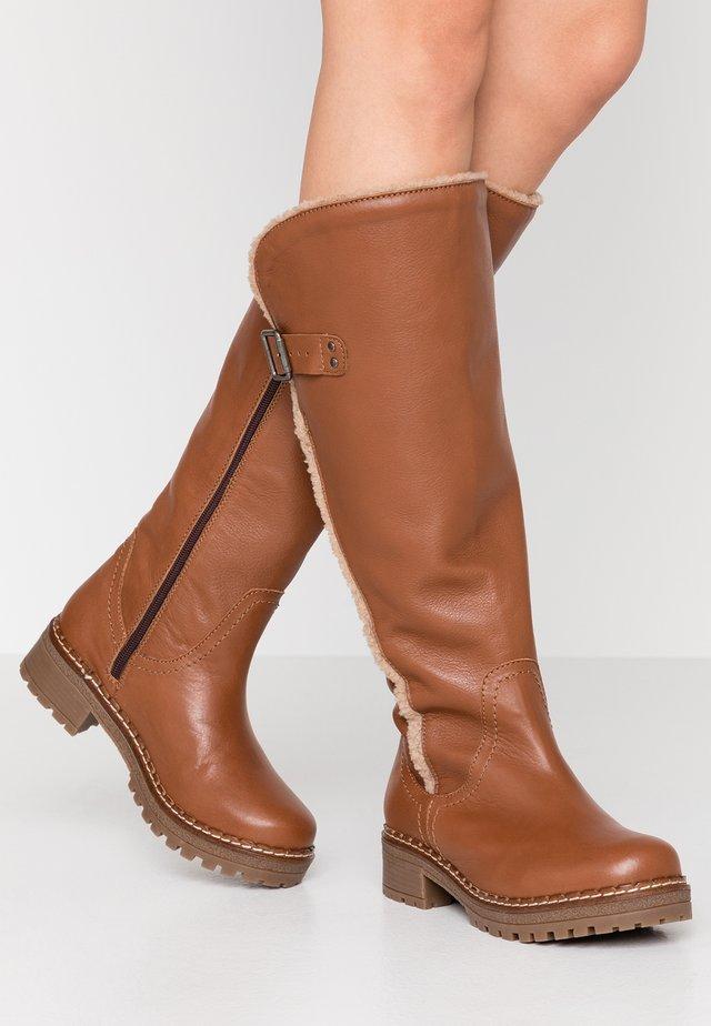 CARLINA - Vinterstøvler - dark brown