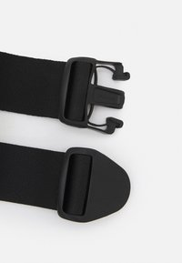 Nike Performance - DOUBLE POCKET FLASK BELT UNISEX - Ledvinka - black/silver - 3