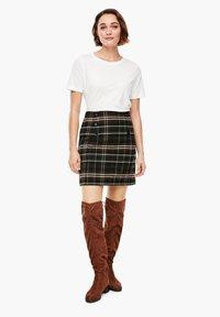 s.Oliver - A-line skirt - khaki check - 1