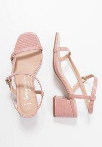 New Look Wide Fit - WIDE FIT TIZZY - Sandaler - light pink - 3