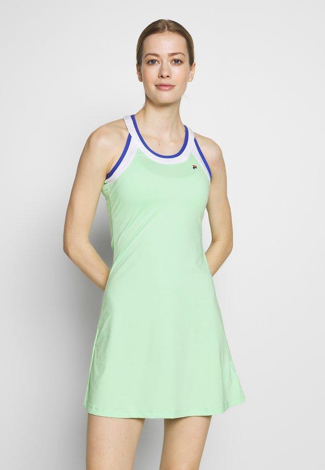DRESS ARIANA - Žerzejové šaty - green ash