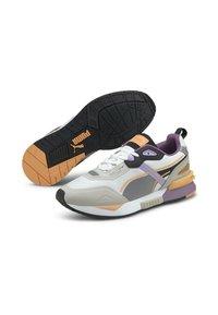 Puma - MIRAGE MOX TECH VEGAN UNISEX - Sneakers laag - white gray violet - 2