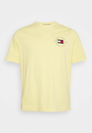 CIRCLE CHEST CORP TEE - Basic T-shirt - delicate yellow