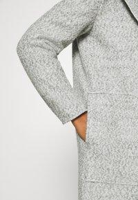 ONLY - ONLSTACY COAT - Klasický kabát - light grey melange - 5