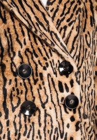 King Louie - AMELIE COAT GATO - Classic coat - beige - 4