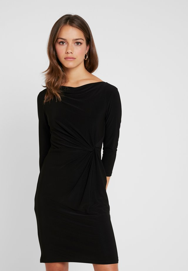 TRAVA 3/4 SLEEVE DAY DRESS - Vestido de tubo - black