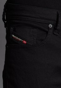 Diesel - Straight leg jeans - schwarz - 4