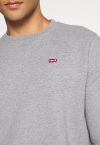 Levi's® - NEW ORIGINAL CREW UNISEX - Felpa - chisel grey heather - 4