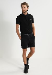 Lacoste - PH4012 - Polo shirt - black - 1