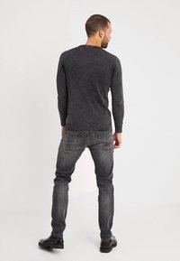 Pepe Jeans - HATCH - Jeansy Slim Fit - powerflex - 2