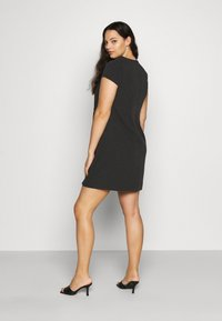 CAPSULE by Simply Be - TAILORED DRESS - Shift dress - black - 2