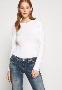 LTB - VALERIE - Bootcut jeans - karlia wash - 3