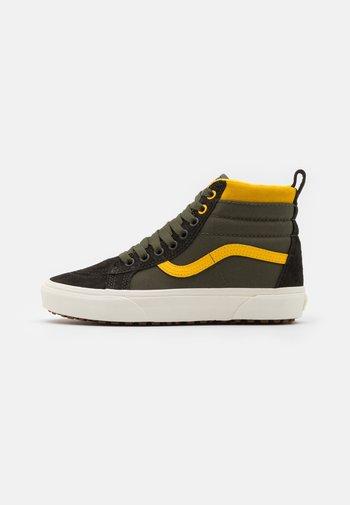 SK8 MTE UNISEX - Höga sneakers - grape leaf/lemon chrome