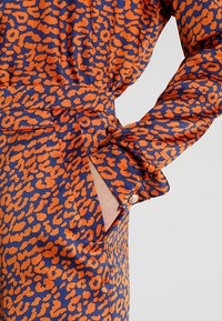 U Collection by Forever Unique - Bukser - orange/blue - 4