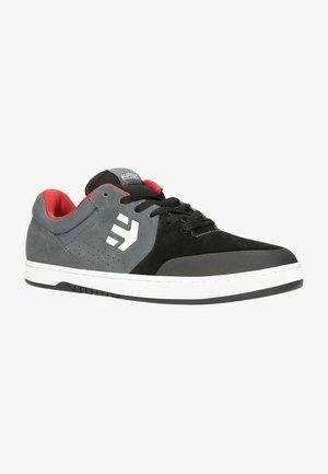 MARANA - Skate shoes - black/dark grey