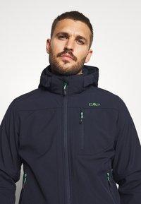 CMP - MAN JACKET ZIP HOOD - Soft shell jacket - blue/verde - 5