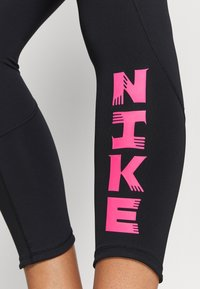 Nike Performance - FAST - Legginsy - black - 3