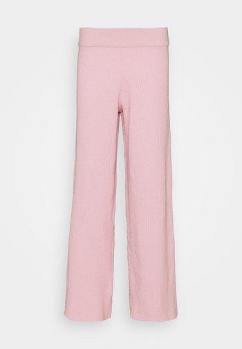 NA-KD X ZALANDO EXCLUSIVE SOFT RIBBED PANTS - Trousers - lilac