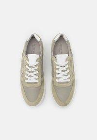 Peter Kaiser - FELIPA - Sneakers laag - yucca/weiß - 5