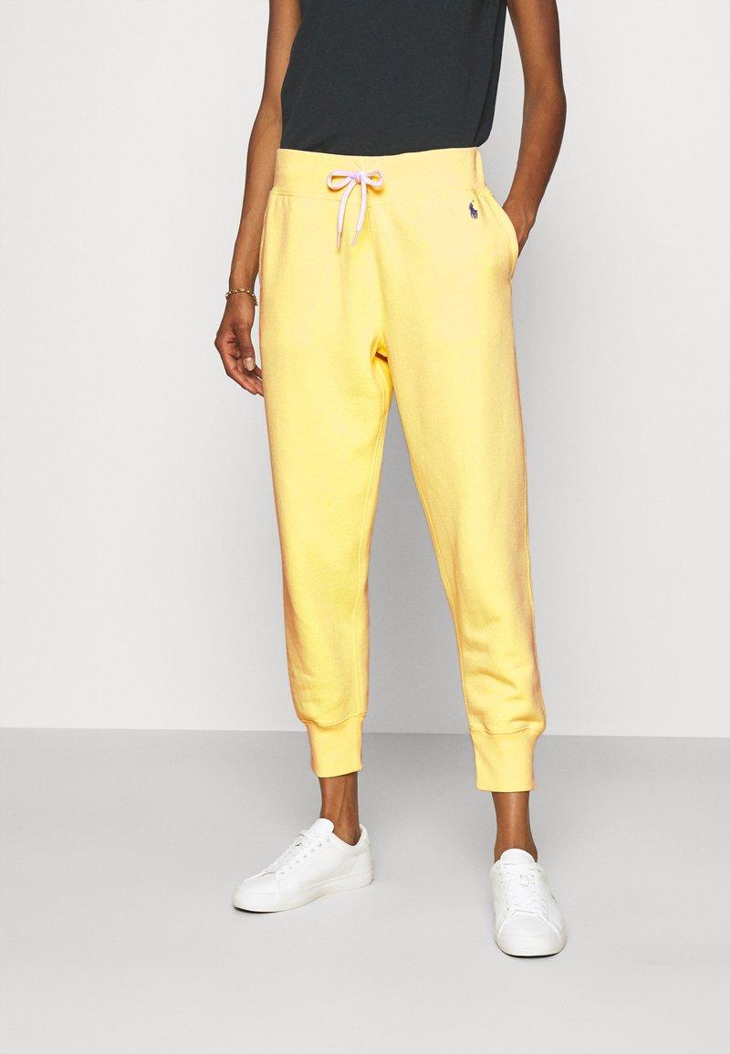 Polo Ralph Lauren - SEASONAL - Pantaloni sportivi - bristol yellow