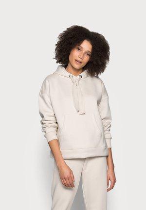 Pyjamasoverdel - beige